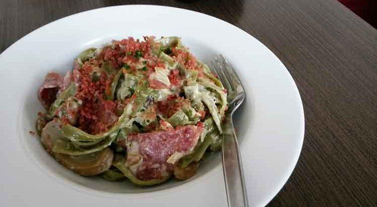 Pasta met spinazie bacon pompoen